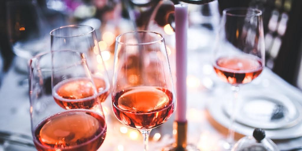 Wielkanocne połączenia z winem